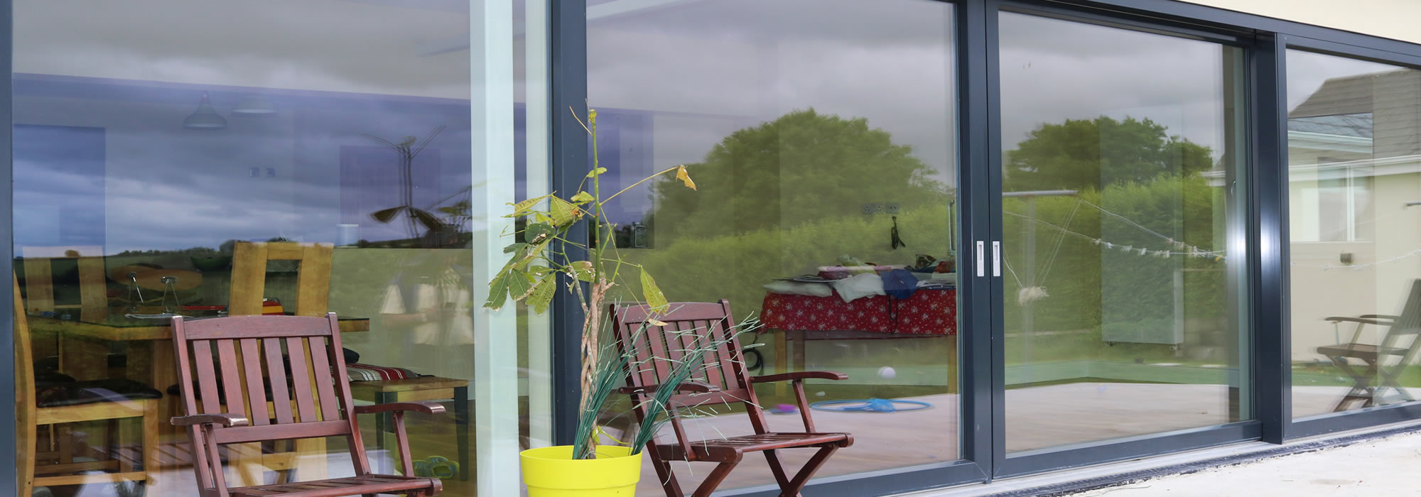 Youghal Glass is a leading Irish glazing company in the provision of residential and commercial windows and doors.